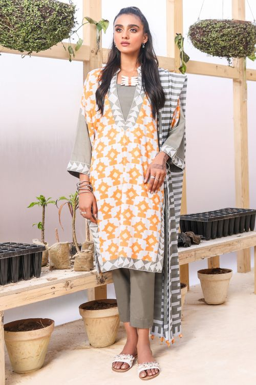 3 Pc Printed Suit With Lawn Dupatta